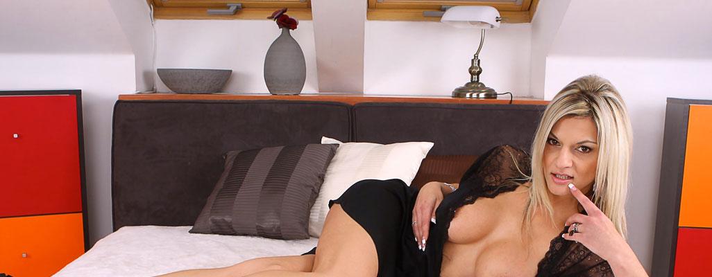 Czech Pornstar Klarisa Leone